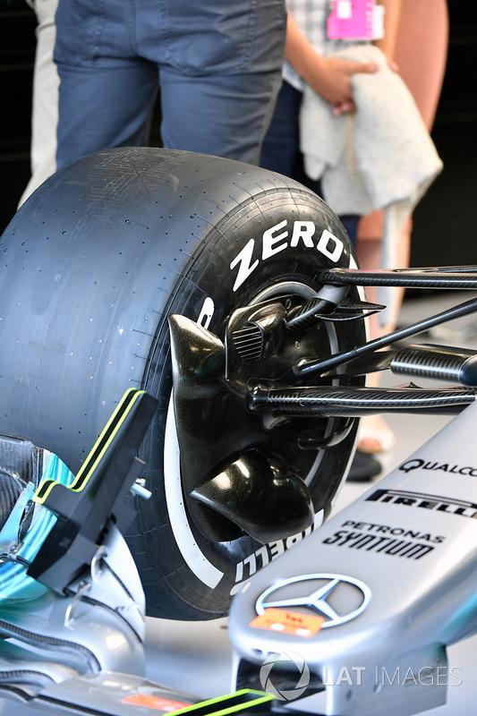 Mercedes-Benz F1 W08 süspansiyon