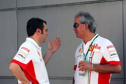 Stefano Domenicali, Ferrari Manager of F1 Operations with Luigi Mazzola, Test Team Manager
