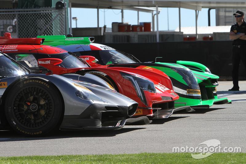 Tequila Patrón ESM Nissan DPi, Action Express Racing Cadillac DPi; Mazda Motorsports Mazda DPi