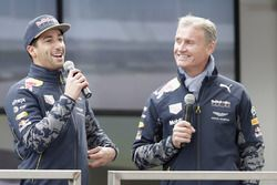 Daniel Ricciardo ve David Coulthard, Red Bull Racing