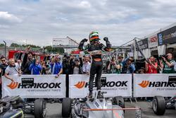Parce ferme, ganador, Jehan Daruvala, Carlin, Dallara F317 - Volkswagen
