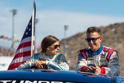 Danica Patrick, Stewart-Haas Racing, Chevrolet; A.J. Allmendinger, JTG Daugherty Racing, Chevrolet