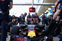 Тренировка пит-стопов: команда Red Bull Racing
