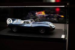 Klasik Jaguar model,