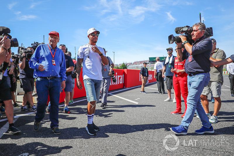 Niki Lauda, Presidente Non-Esecutivo Mercedes AMG F1 e Lewis Hamilton, Mercedes AMG F1