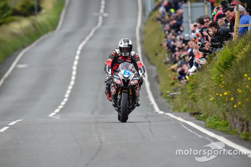 Supersport TT 1: 1. Platz - Michael Dunlop, MD Racing