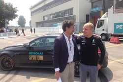 Valtteri Bottas e Giuseppe D'arrigo Amministratore Delegato di PETRONAS Lubricants International