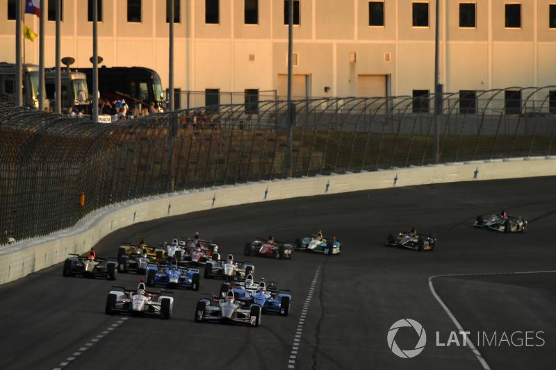 Tristan Vautier, Dale Coyne Racing Honda, Will Power, Team Penske Chevrolet