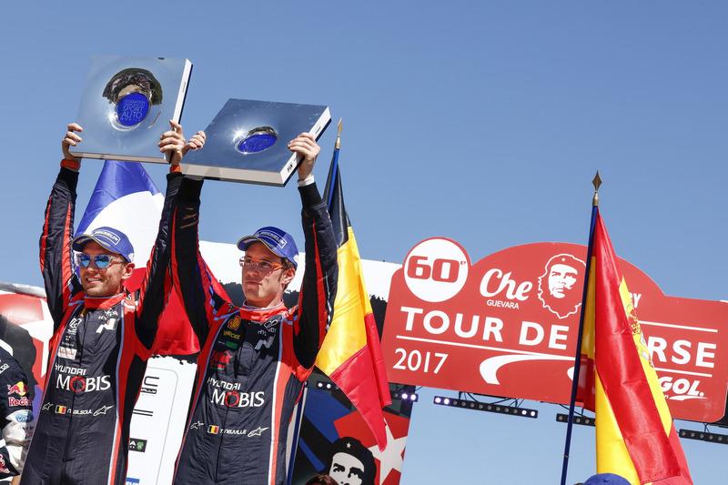Winners Thierry Neuville, Nicolas Gilsoul, Hyundai i20 Coupe WRC, Hyundai Motorsport