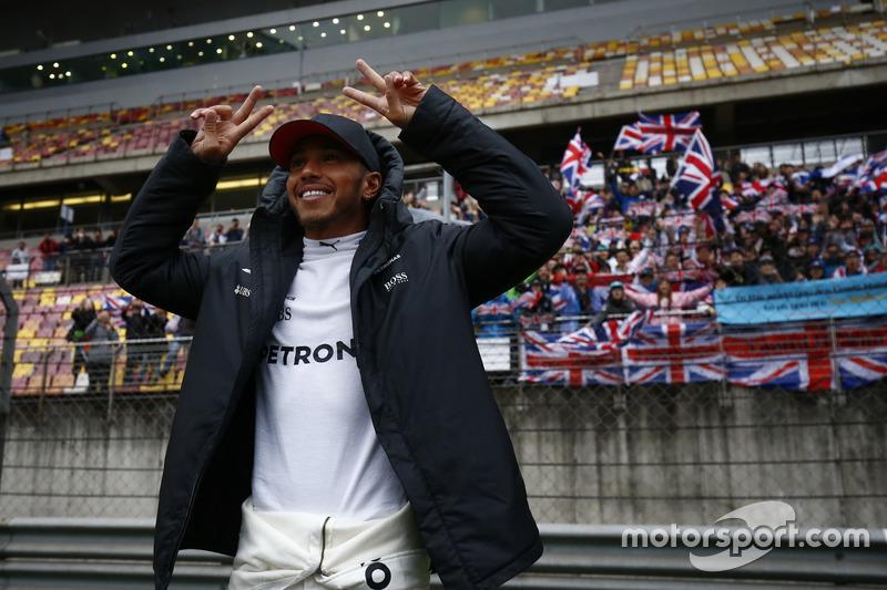 7 puntos: Lewis Hamilton