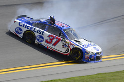 Chris Buescher, JTG Daugherty Racing Chevrolet, incidente