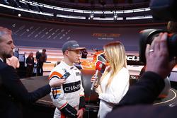 Stoffel Vandoorne, McLaren, avec les médias