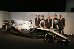 (L to R): Andrew Green, Sahara Force India F1 Team Technical Director; Sergio Perez, Sahara Force India F1 VJM10; Dr. Vijay Mallya, Sahara Force India F1 Team Owner; Esteban Ocon, Sahara Force India F1 Team; Otmar Szafnauer, Sahara Force India F1 Chief Ope