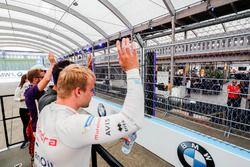 Felix Rosenqvist, Mahindra Racing, durante el desfile de pilotos