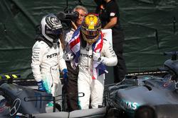 2. Valtteri Bottas, Mercedes AMG F1, 1. Lewis Hamilton, Mercedes AMG F1