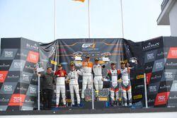 Winnaars Jörg Viebahn, Nicolaj Møller-Madsen, PROsport Performance, tweede plaats Alessio Picariello