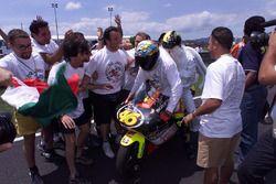Race winner Valentino Rossi, Aprilia