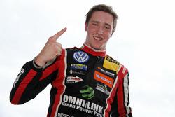 Le vainqueur Joel Eriksson, Motopark Dallara F317 - Volkswagen