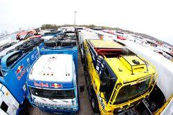Trucks vor dem Transport nach Buenos Aires