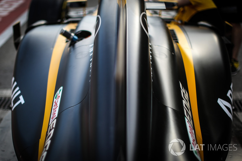 Renault Sport F1 Team RS17, carrozzeria