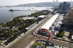 Lewis Hamilton, Mercedes AMG F1 W08, Valtteri Bottas, Mercedes AMG F1 W08, Kimi Raikkonen, Ferrari SF70H, Sebastian Vettel, Ferrari SF70H, Max Verstappen, Red Bull Racing RB13