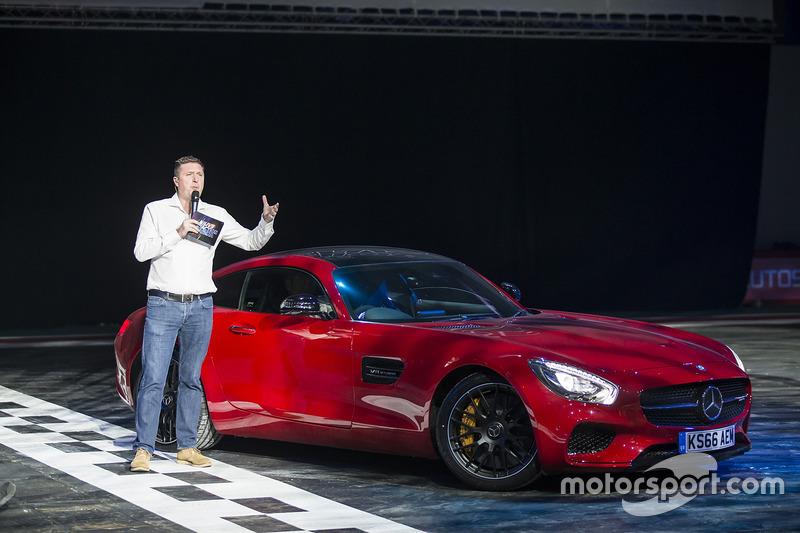 David Croft en een Mercedes AMG GT in de Live Action Arena