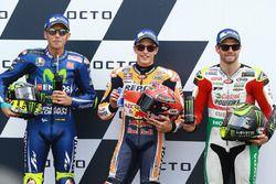 Polesitter Marc Marquez, Repsol Honda Team, second place Valentino Rossi, Yamaha Factory Racing, thi