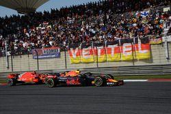 Max Verstappen, Red Bull Racing RB14 and Kimi Raikkonen, Ferrari SF71H battle
