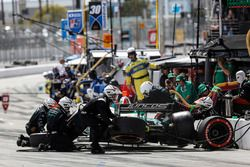Kyle Kaiser, Juncos Racing Chevrolet, pit stop