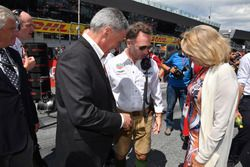 Chase Carey, Chief Executive Officer and Executive Chairman of the Formula One Group and Christian Horner, Red Bull Racing Team Principal on the grid