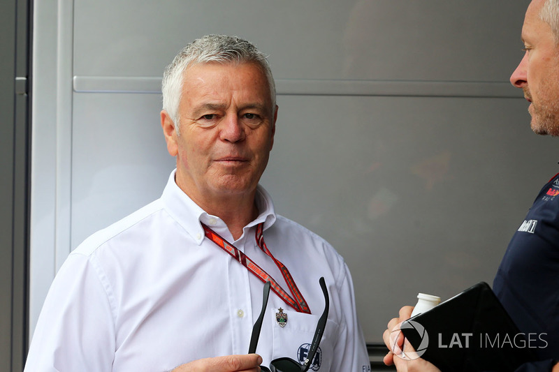 Derek Warwick - 147 arranques