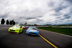 Pace-Laps: Kevin Harvick, Stewart-Haas Racing, Ford Fusion Busch Beer, Ryan Blaney, Team Penske, Ford Fusion