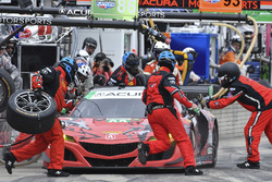 #93 Michael Shank Racing with Curb-Agajanian Acura NSX, GTD: Lawson Aschenbach, Justin Marks pit stop