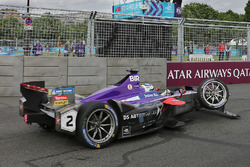 Sam Bird, DS Virgin Racing con daños