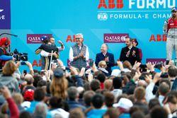 Jean-Eric Vergne, Techeetah, wins the Paris ePrix, hugs Alejandro Agag, CEO, Formula E
