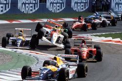 Alain Prost, Williams, Damon Hill, Williams, Jean Alesi, Ferrari, et Ayrton Senna, McLaren au départ