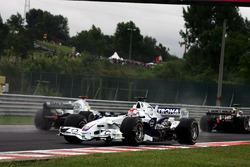 Tête-à-queue pour Robert Kubica, BMW Sauber F1.06