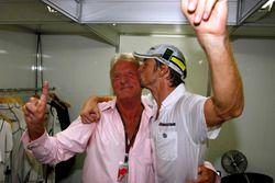 Jenson Button, Brawn GP et son père John Button