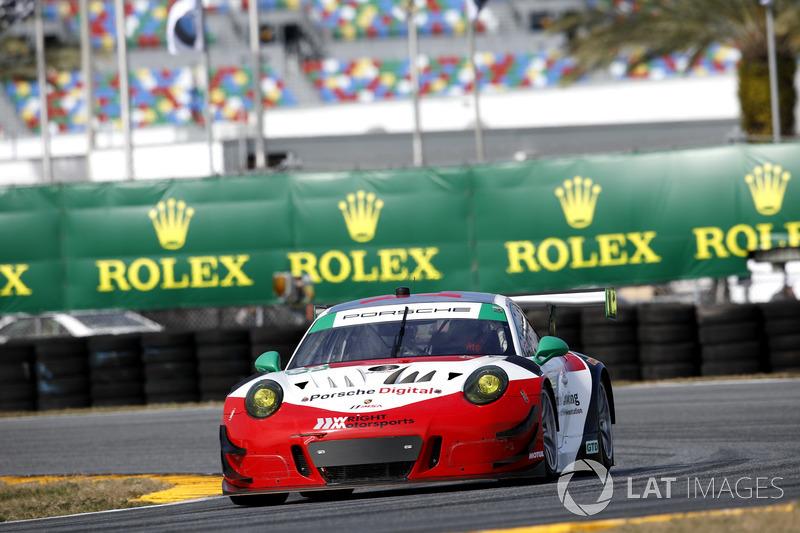 #58 Wright Motorsports Porsche 911 GT3 R: Patrick Long, Christina Nielsen, Robert Renauer, Mathieu J