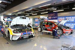 Liqui Moly Team Engstler garage