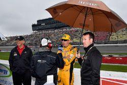 Kyle Busch, Joe Gibbs Racing, Toyota Camry M&M's Red White & Blue speaks with MRN's Alex Hayden