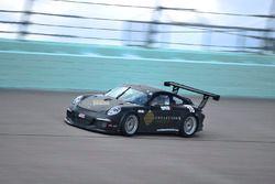 #18 MP1B Porsche 991: Juan Fayen, Lino Fayen, Angel Benitez Jr., and Anselmo Gonzalez of Formula Mot