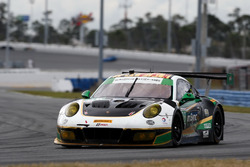 #28 Alegra Motorsports Porsche 911 GT3 R: Jörg Bergmeister, Michael de Quesada