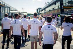 Alfa Romeo Sauber F1 Team pist yürüyüşü