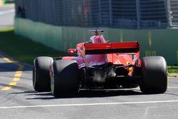 Sebastian Vettel, Ferrari SF71H, arkadan çıkan dumanlar