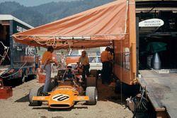 Автомобиль McLaren M19A Джеки Оливера