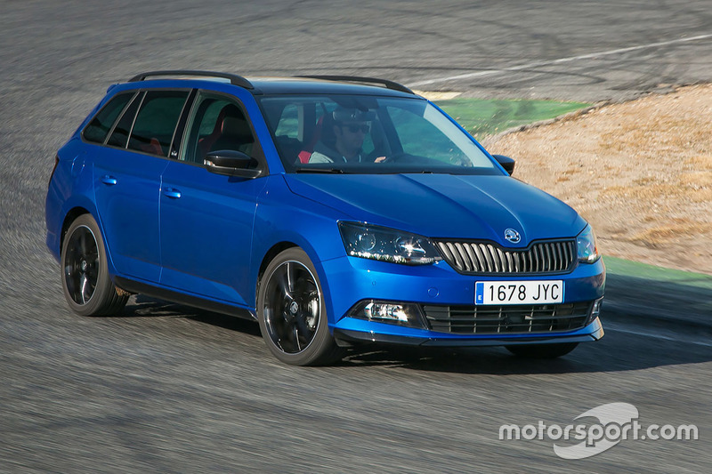 skoda fabia combi monte carlo 1 2 tsi dsg bei test skoda. Black Bedroom Furniture Sets. Home Design Ideas