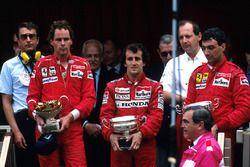 Podium : le vainqueur Alain Prost, McLaren, le deuxième Gerhard Berger, Ferrari, le troisième Michele Alboreto, Ferrari