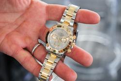 El reloj Rolex ganado por Scott Pruett en 2011