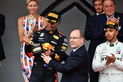 Race winner Daniel Ricciardo, Red Bull Racing celebrates on the podium with HSH Prince Albert of Monaco